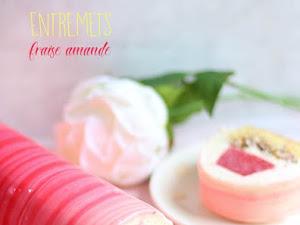 Entremets bûche fraise amande