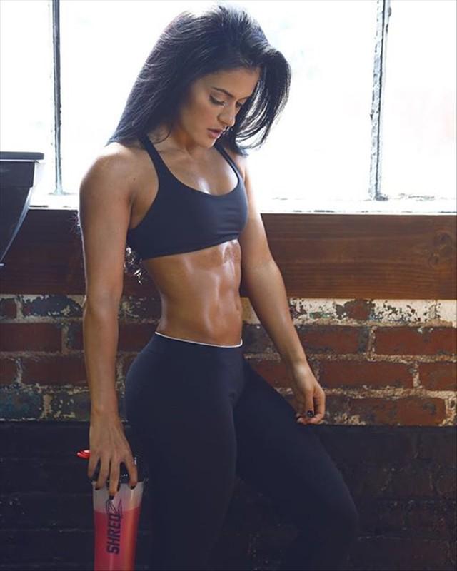 Fitness Model Jessica Arevalo Instagram photos
