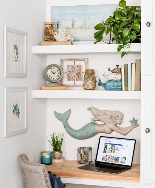Small Beachy Office Shelf Nook Idea