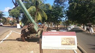 parte histórica da Vila dos Remédios em Fernando de Noronha
