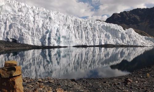 Preocupante declive de los glaciares peruanos