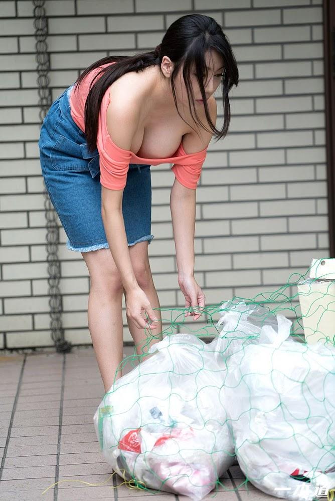 [1pondo] 2017.03.25 505 朝ゴミ出しする近所の遊び好 [121P24MB] 5-jpg.966482