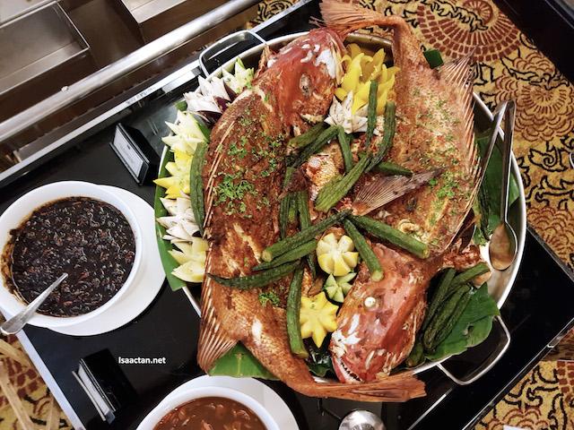 Ikan Bakar Dusun dengan Sayur