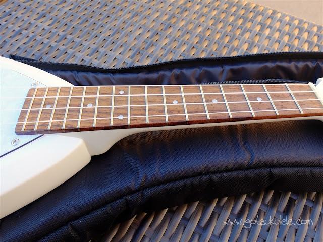 Vox Ukelectric 33 concert ukulele neck