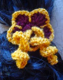 http://translate.googleusercontent.com/translate_c?depth=1&hl=es&rurl=translate.google.es&sl=auto&tl=es&u=http://www.nyanpon.com/2014/10/hibiscus-flower-hair-ties.html&usg=ALkJrhhhXkfgSxA1OKLJ-Caqy6DQKTAuhg