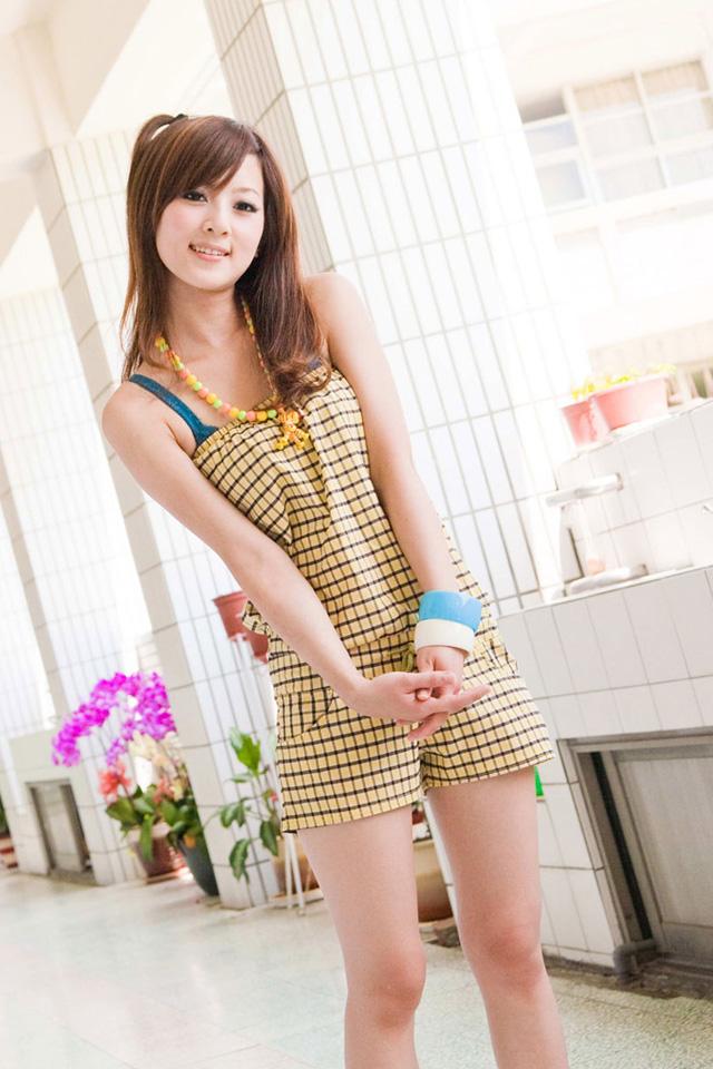 Teen Asian Girls - free hot asian girls porn pics