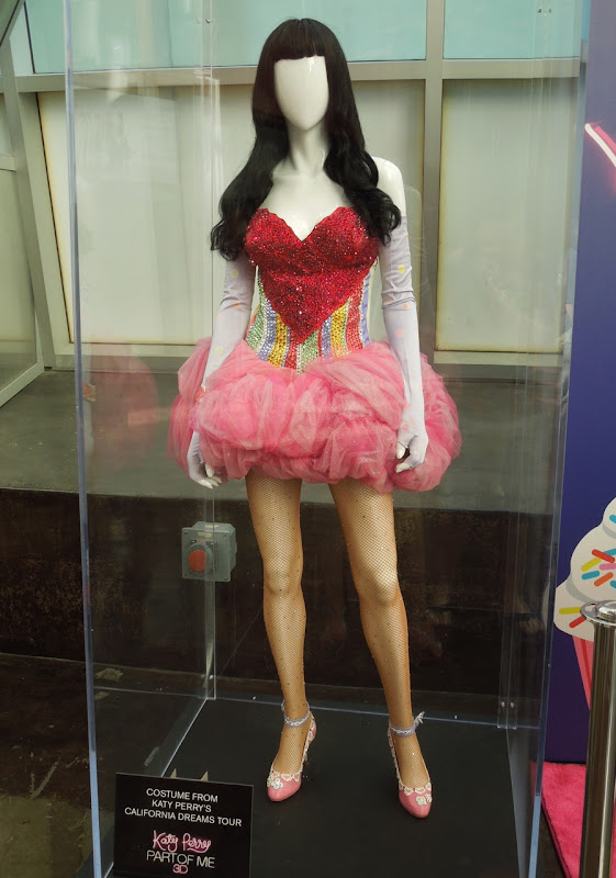 Katy Perry California Dream tour costume
