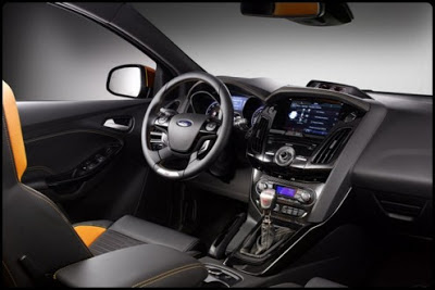 Ford Focus ST interior - coches y motos 10