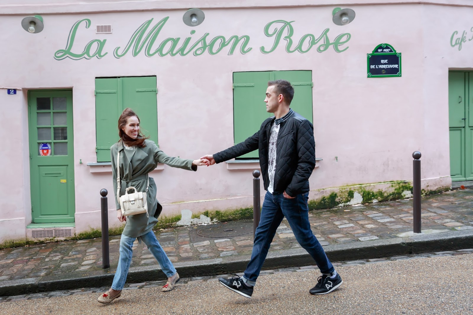 la maison rose cafe paris montmartre photoshoot