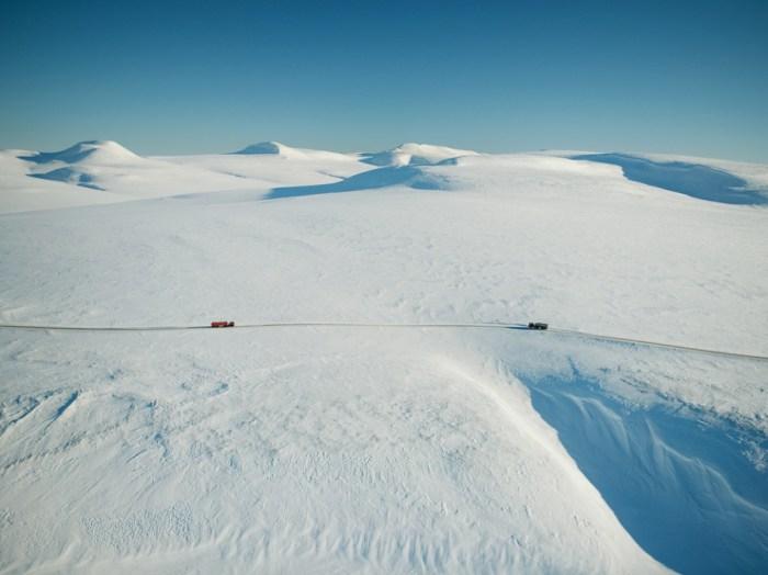 Estrada de gelo. Chukotka, Rússia