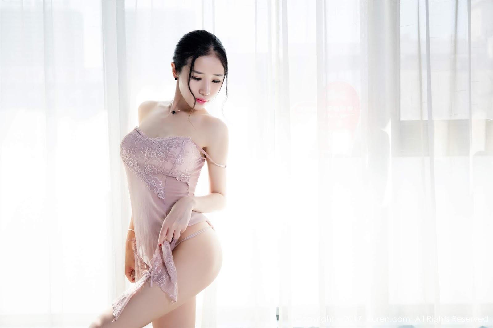Xiuren - Vol.806 Xinyi (50 pics)