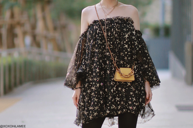 Japanese Fashion Blogger,MizuhoK,20191020OOTD, CHICWISH= star off shoulder dress, gatta=black tights, Rakuten= metal toe pumps, Charles&keith=yellow mini bag, and more,,,