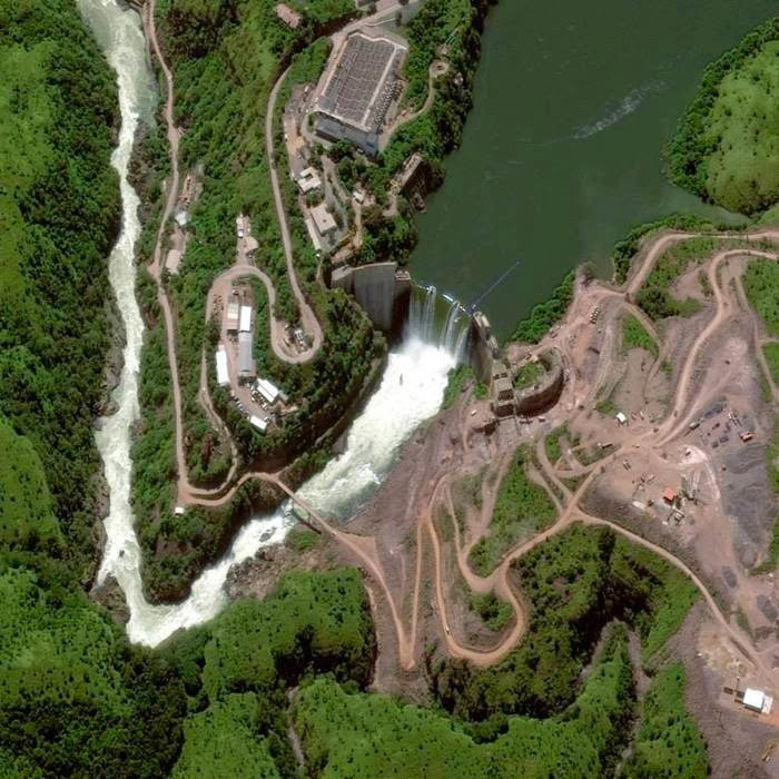 Cambambe dam on the river Cuanza in Angola (April 28, 2013)