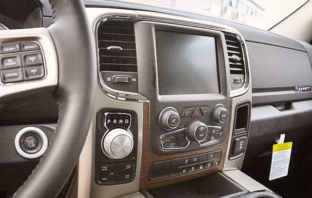 dodge-ram-interior-pictures-of-2013-laramie-with-screen-navigation,-bluetooth-audio-streaming,-transmission-control,-dasboard,-screen-display