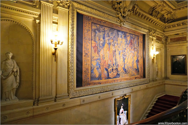 Retrato de William Vanderbilt en la Gran Escalera de la Mansión The Breakers, Newport
