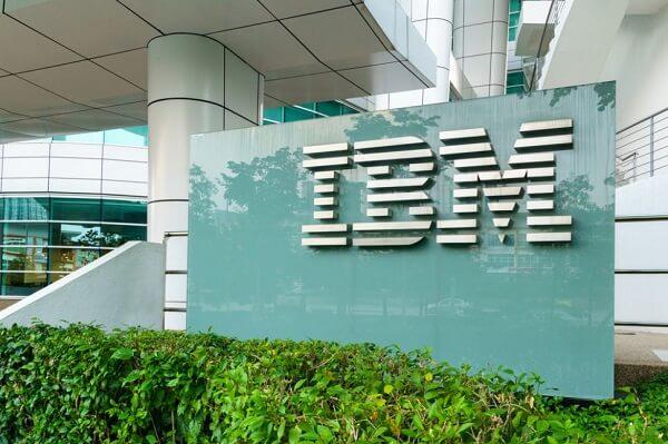 هكر صينيون ينفذون هجمة على IBM و HPE