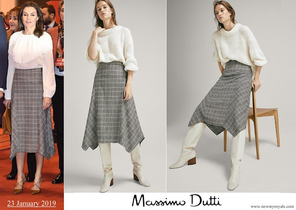 Queen Letizia wore Massimo Dutti Pointed-check-wool skirt