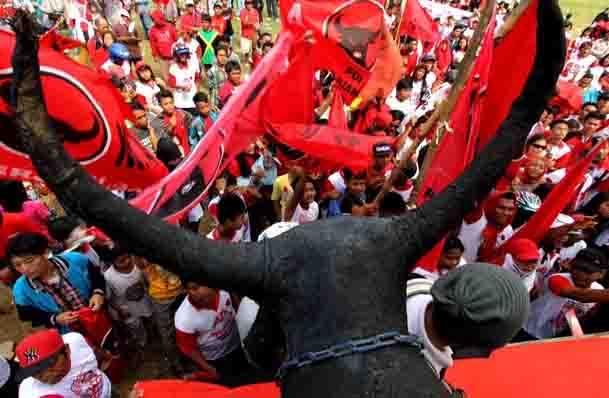 Memasuki Tahun Politik, PDIP Yakin Jokowi Tak Naikkan Harga BBM