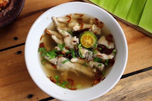 Sup ceker ayam si Yoookk Makan Dirumah