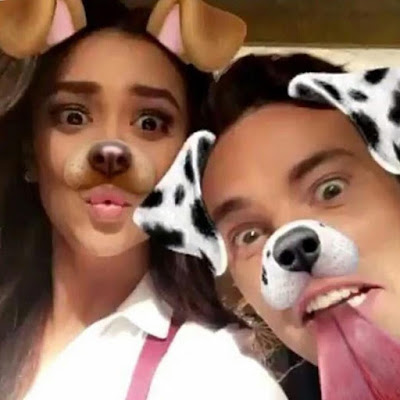 Shay Mitchell and Ian Harding as dogs PLL bts filming 7x05 and 7x06