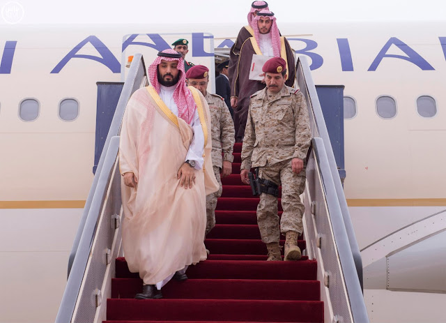بالفيديو: لن تتخيل حجم الرفاهية بطائرة مُكافح الفساد محمد بن سلمان, ونشطاء يهاجمونه
