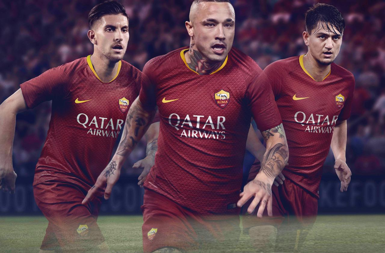 as-roma-18-19-home-kit-1.jpg