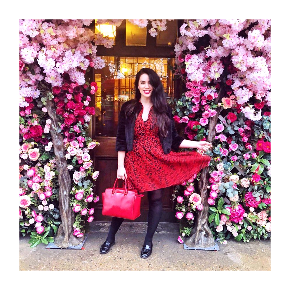The Ivy Chelsea Garden Valentine's Day floral display - Emma Louise Layla, London style blog