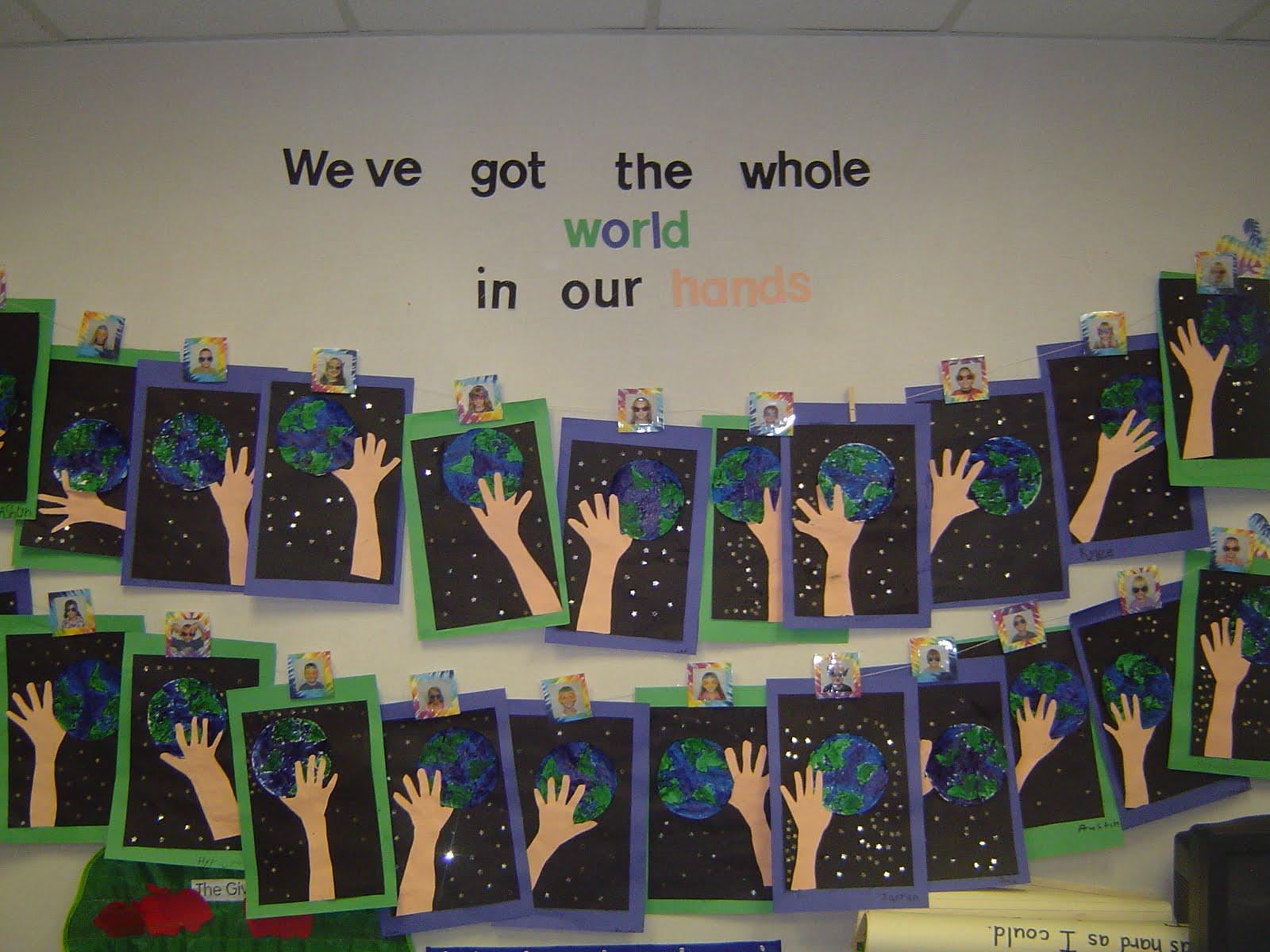 Mrs T S First Grade Class Earth Day Art