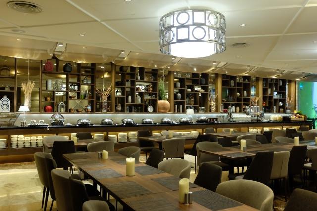 restoran di ashley hotel jakarta