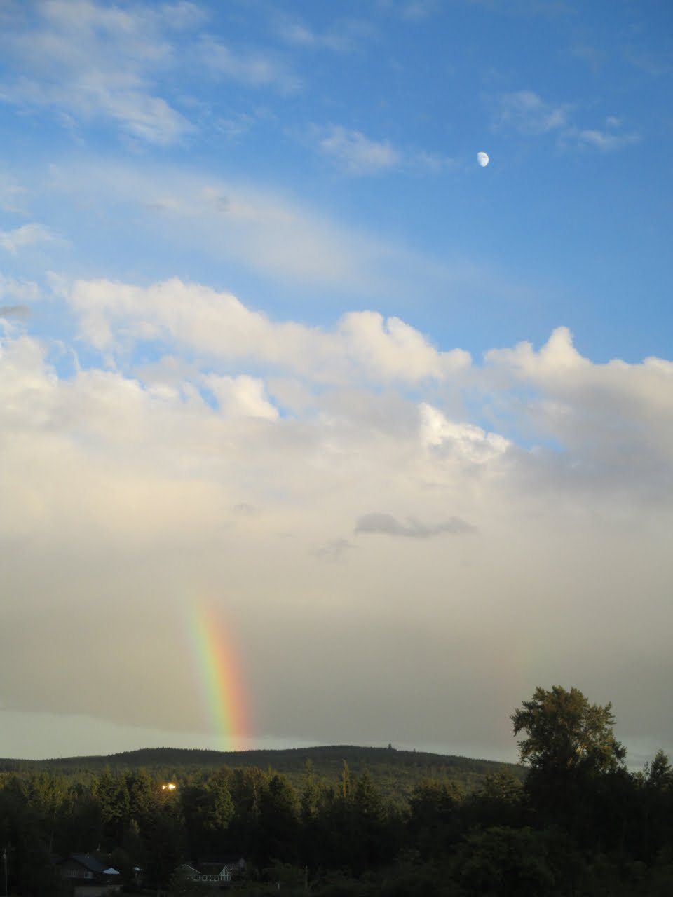 Rainbow and Day Moon on July 14, 2016