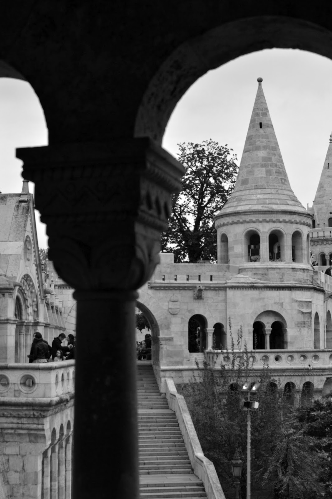 Budapest, photography, night time, architecture, travel, blog, adventure, exploration, chain bridge, Danube, funicular, buda castle, buda hill, old, traditional, Matthias church, fisherman's bastion, Hungarian parliament
