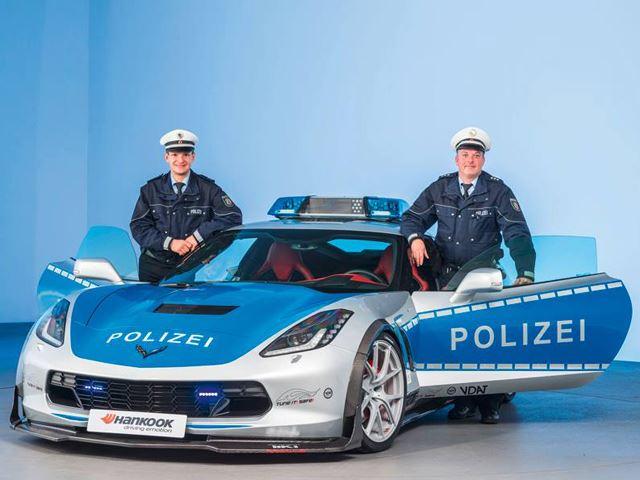 polizei2 Η γερμανική αστυνομία αγοράζει Corvette και τη βελτιώνει, μάντεψε γιατί Chevrolet, Chevrolet Corvette, zblog, αστυνομία, Γερμανία