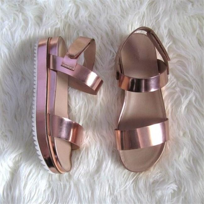 sandalia-flatform-tratorada