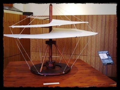 Helicóptero ideado por Leonardo Da Vinci - curiosidades
