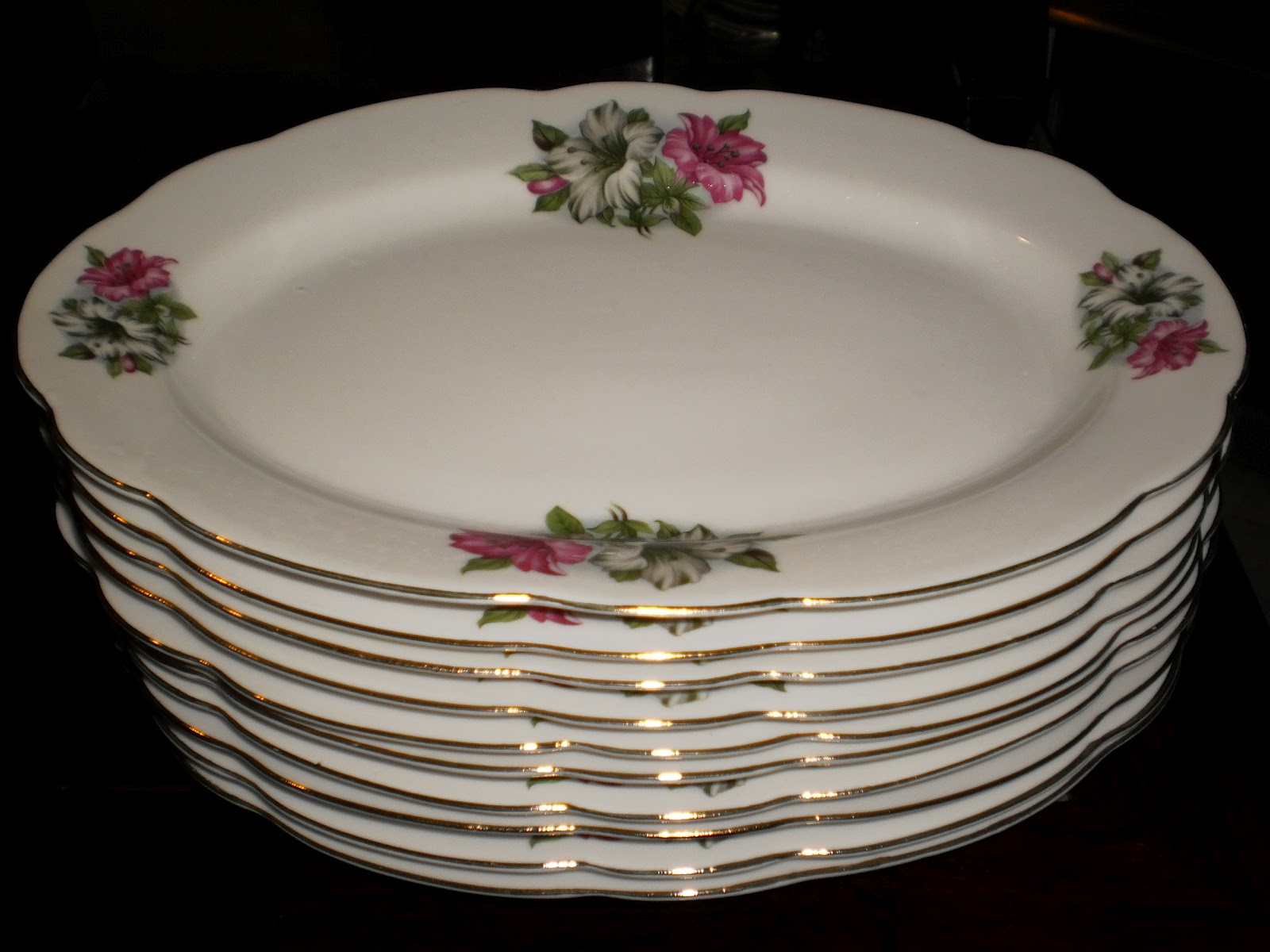 Plates For Sale >> Bonnie S Collection Bunga Kangkung Oval Plates For Sale