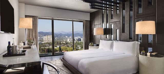 A luxury Beverly Hills hotel, SIXTY Beverly Hills merges the cool aesthetic of the 1960s with the well-manicured elegance of modern Los Angeles.