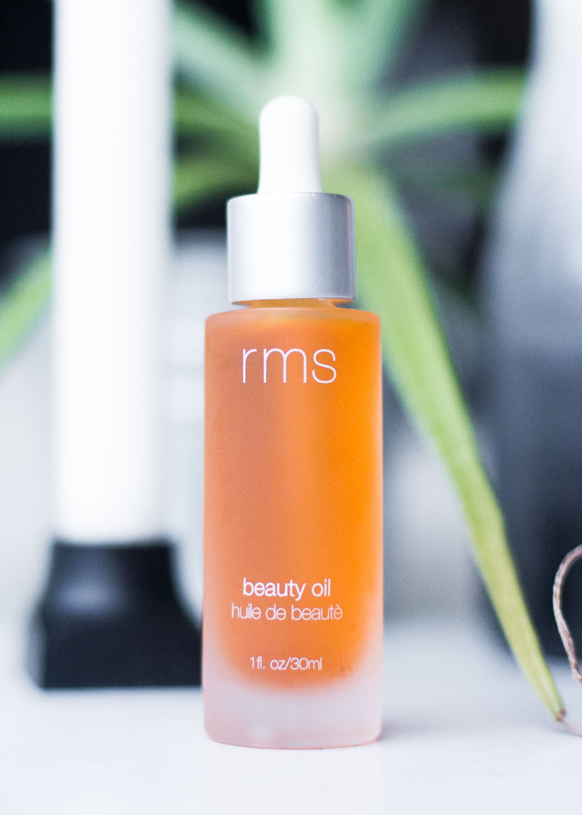 Favorite beauty purchases of the year - RMS beauty oil