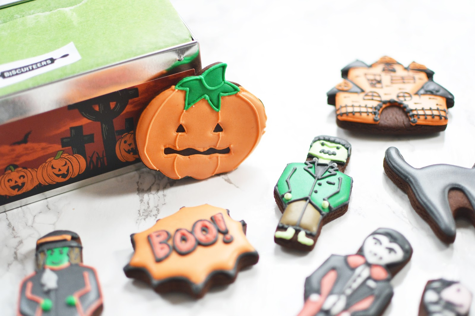 halloween ice biscuits, halloween food treats ideas