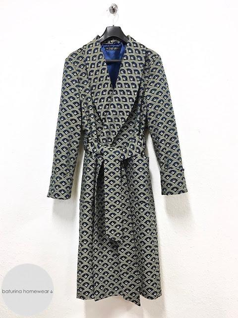 Herren Hausmantel Baumwolle lang edel elegant Seide Gold Blau warm Luxus Morgenmantel englisch britisch Dressing Gown Männer