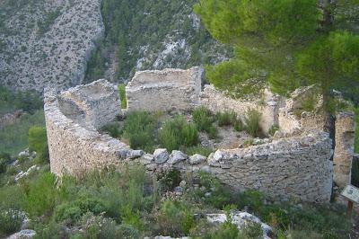 Beseit, Fortins de Cabrera, fortines de Ramón Cabrera , Beceite, círculo, torre