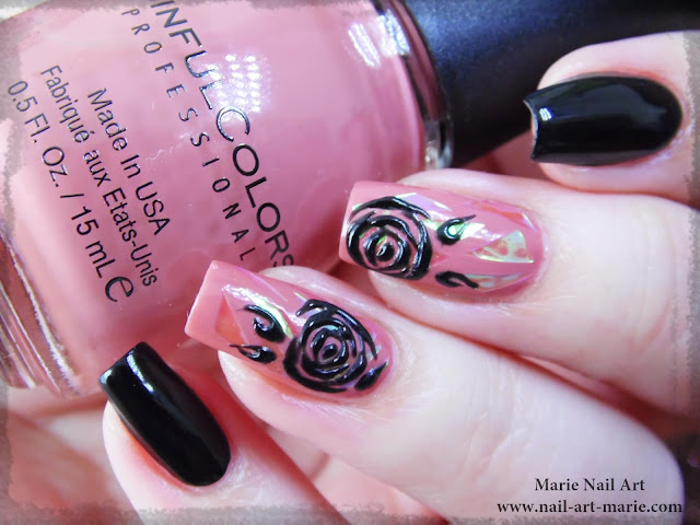 nail art roses noires en gel et glass nails4