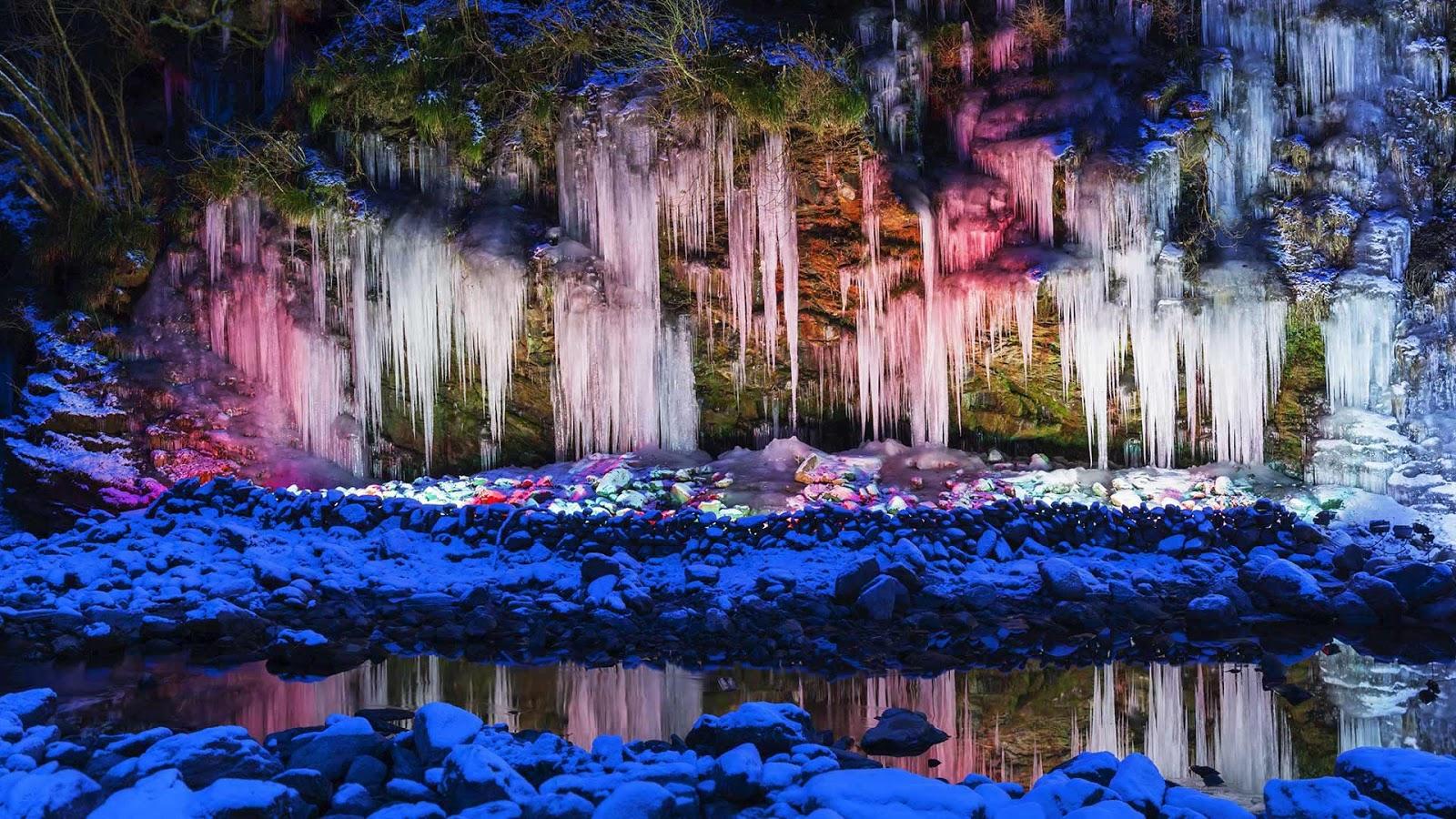 Illuminated icicles in Chichibu, Japan © JTB Photo/UIG/age fotostock