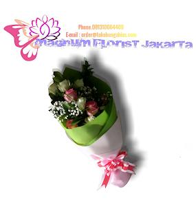 Bouquet-Bunga-Mawar-Pink-Putih-Magnum-Florist-03