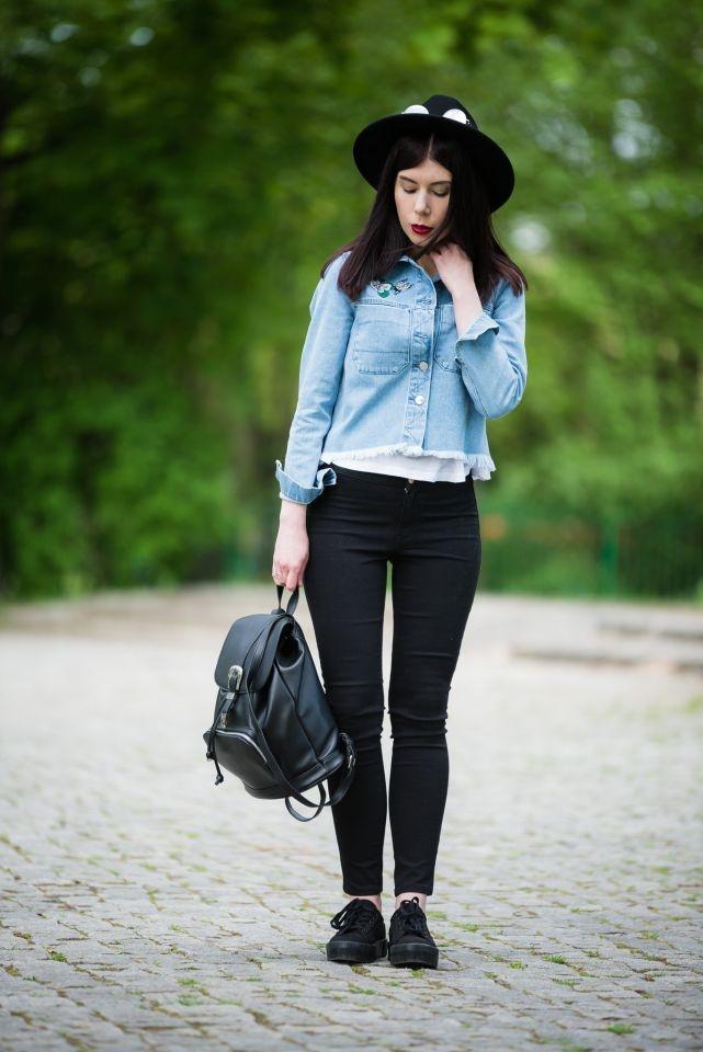 stylizacja z dżinsową kurtką