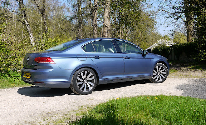 VW Passat saloon side view