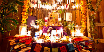 Ołtarzyki na święto zmarłych w Meksyku