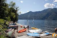 Spiagge con acque pulite sul lago Maggiore