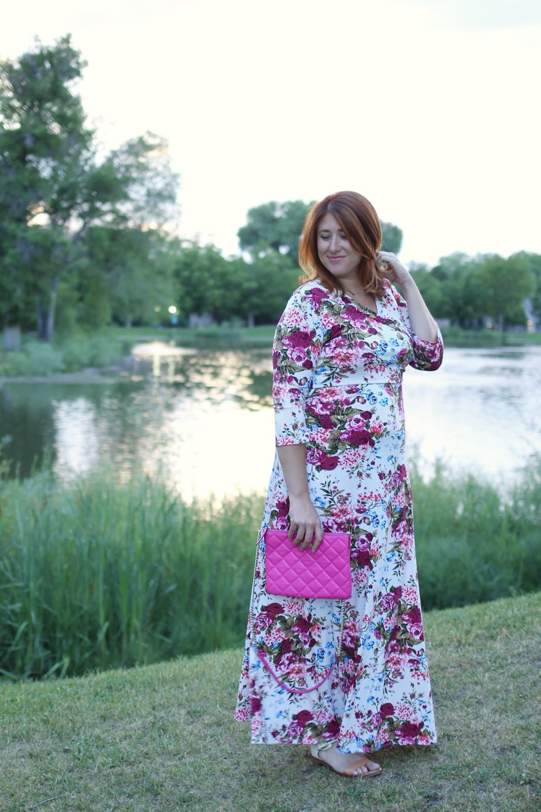 maternity style, pregnancy fashion, outfit ideas, comfortable style, floral maxi dress