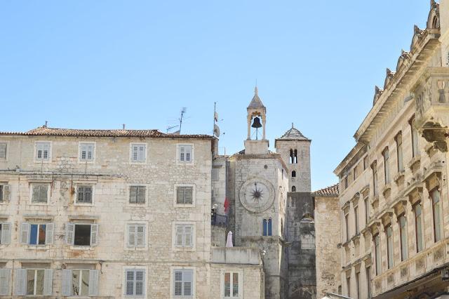 Split Old Town Buildings 2