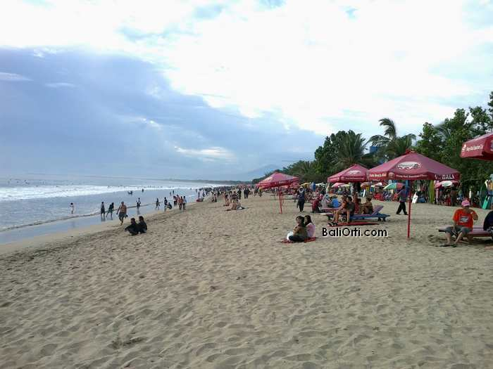 Kuta beach, week of April 21, 2013